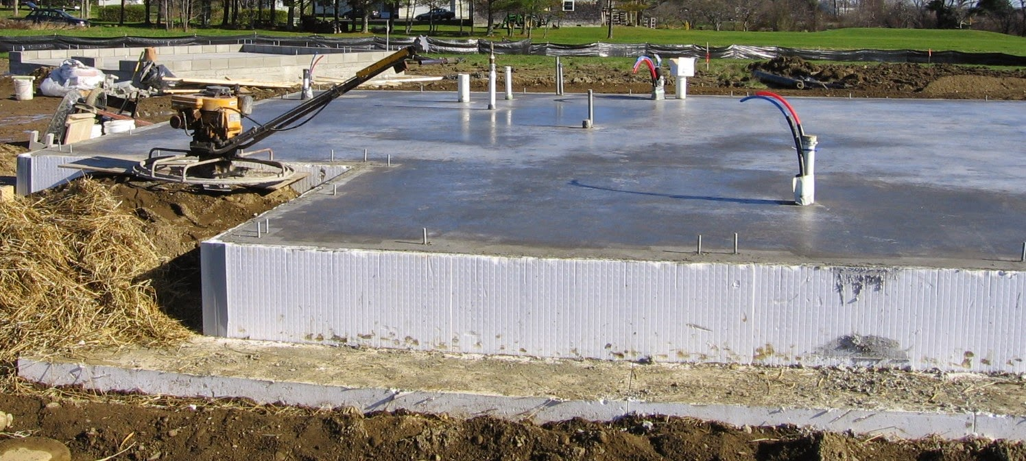 Residential foundations concrete slab vs conventional for Slab foundation vs basement