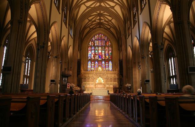 Tham quan Trinity Church - Nhà thờ nổi tiếng ở Boston