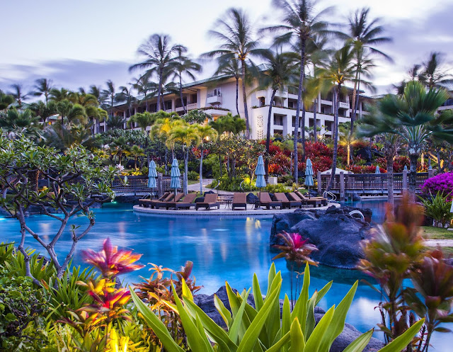 Discover the true spirit of aloha around every turn at the Grand Hyatt Kauai Resort & Spa. Relax in elegantly designed guestrooms with private lanais.