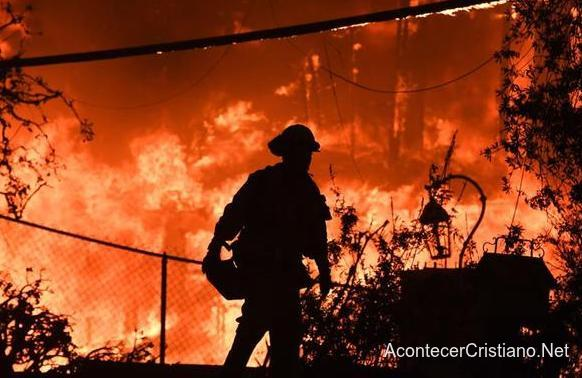 Devastador incendio en California