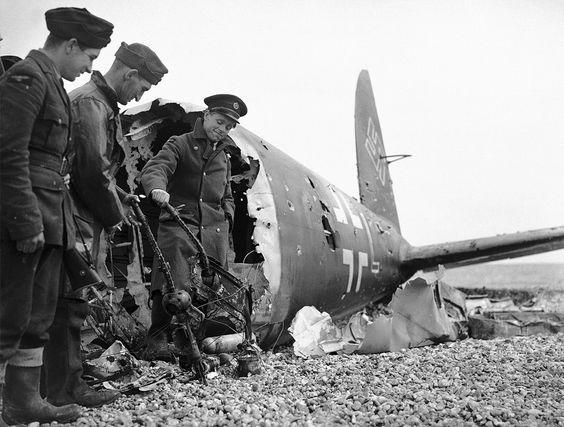 13 July 1940 worldwartwo.filminspector.com Heinkel He 111