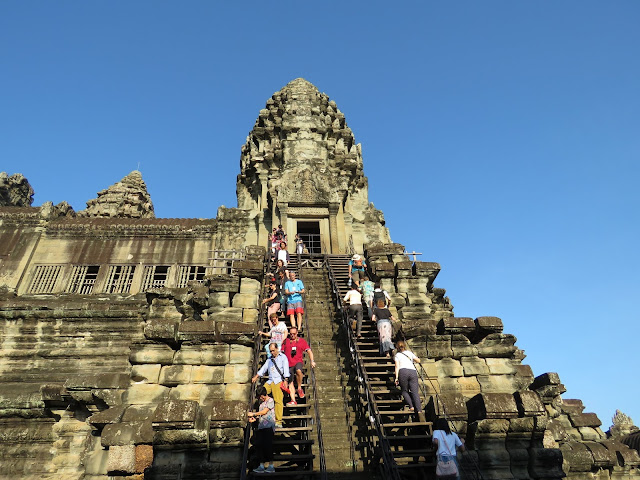 Stairs leading up to Bakan at Angkor Wat
