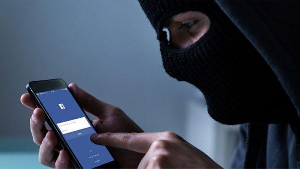 العسري يحذر من ثغرة أمنية على الفيس بوك ، وكيف تحمي حسابك منها !