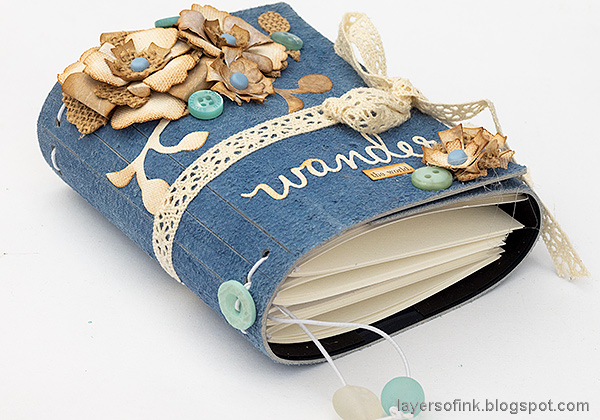 Layers of ink - Faux Leather Wrapped Journal Tutorial by Anna-Karin Evaldsson. Made with the Wrapped Journal Sizzix die by Eileen Hull.
