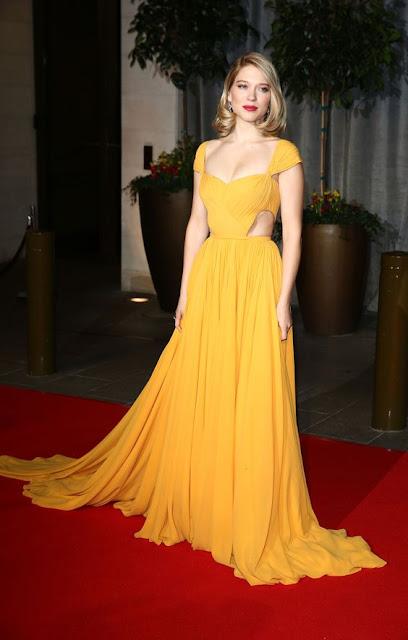 Lea Seydoux vestido amarelo, Bella