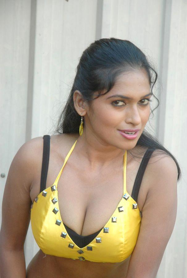 Actress Hot Photos,Wallpapers,Biography,Filmography -4765
