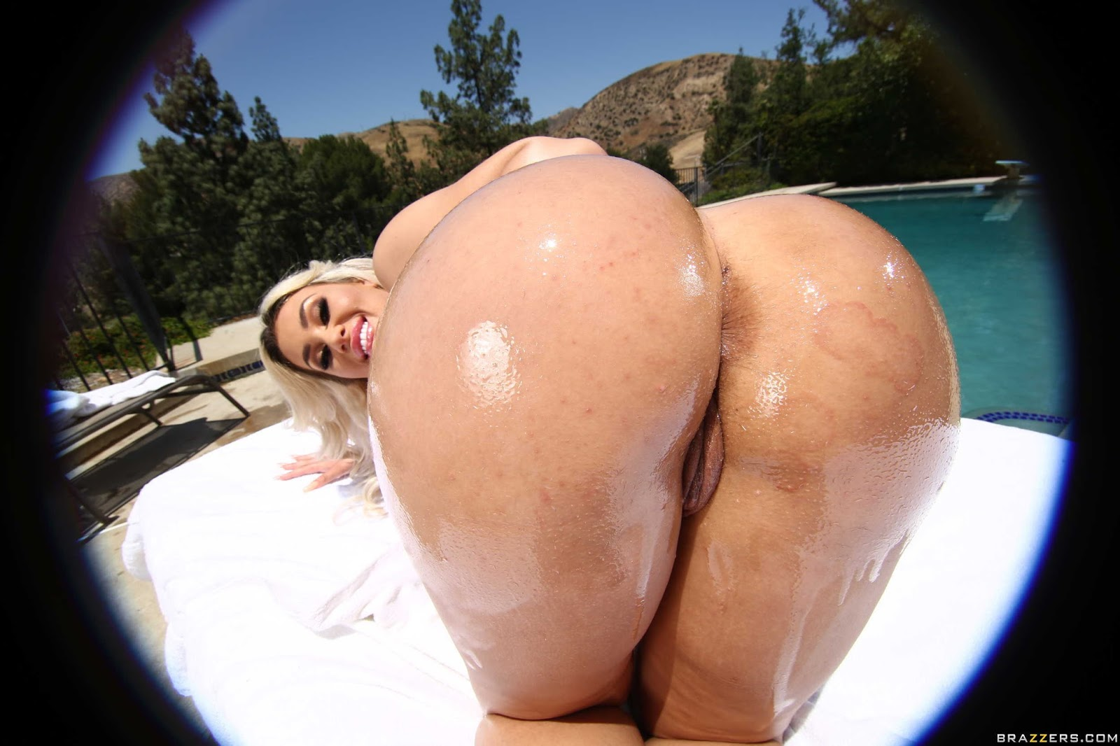 Big wet ass picture