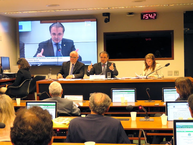 Roberto de Lucena defende auditoria nas contas da Previdência Social