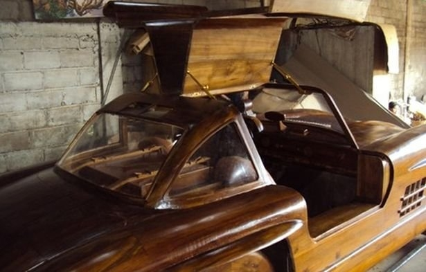 06-1955-Mercedes-Benz-300SL-Gullwing-in-Wood-www-designstack-co