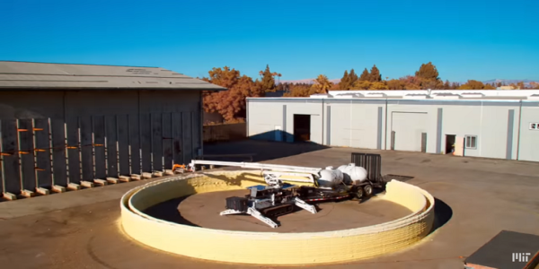 Ταχύτατη κατασκευή σπιτιών μέσω 3D εκτύπωσης από το ΜΙΤ | Βίντεο