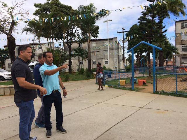 Deputado Pablo Barrozo vistoria obras de encostas em Salvador