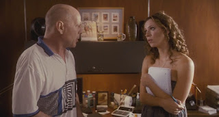 lay the favorite-bruce willis-rebecca hall