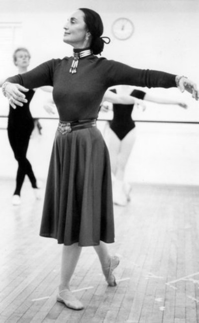 Moscelyne Larkin teaching students at Tulsa Ballet School in the 1980's