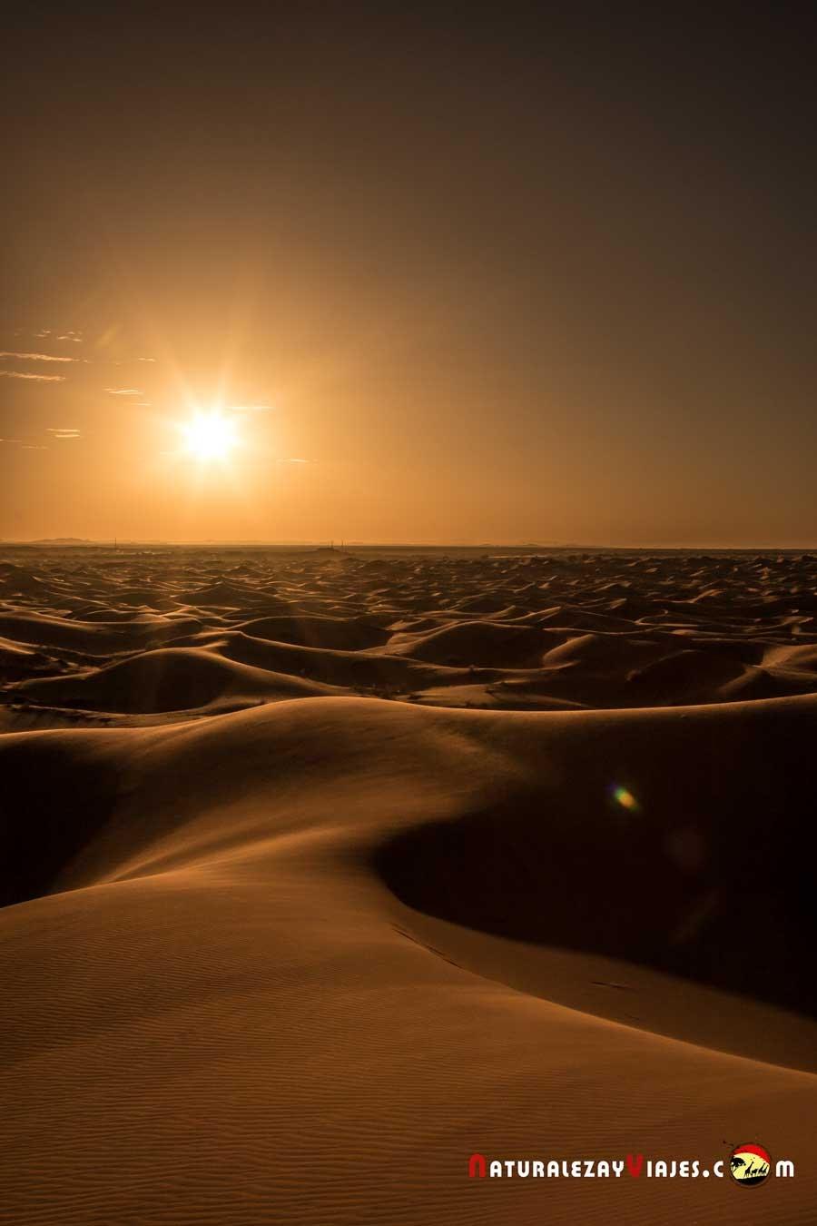 Atardecer en dunas Erg Chebbi, Merzouga