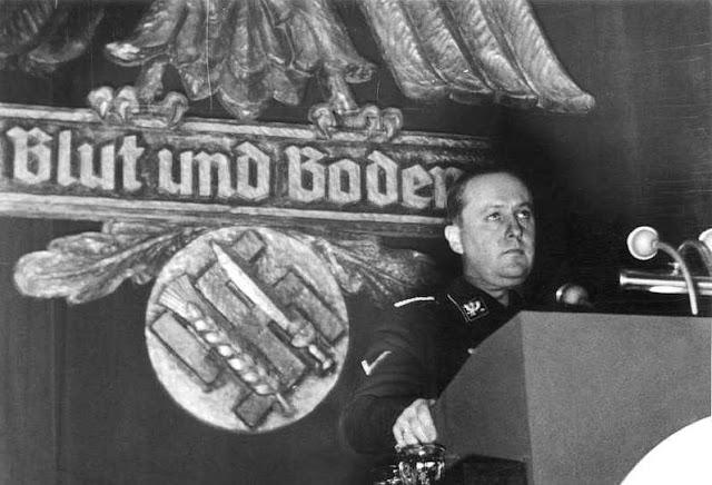 "Walter Darre, ministro de Agricultura de Hitler, ecologista,  promoveu o ""retorno à terra"""