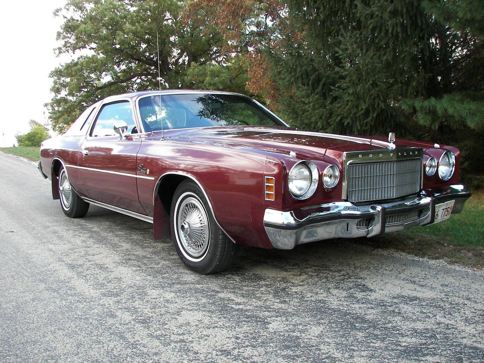 1975 Chrysler Cordoba 2 Door Coupe