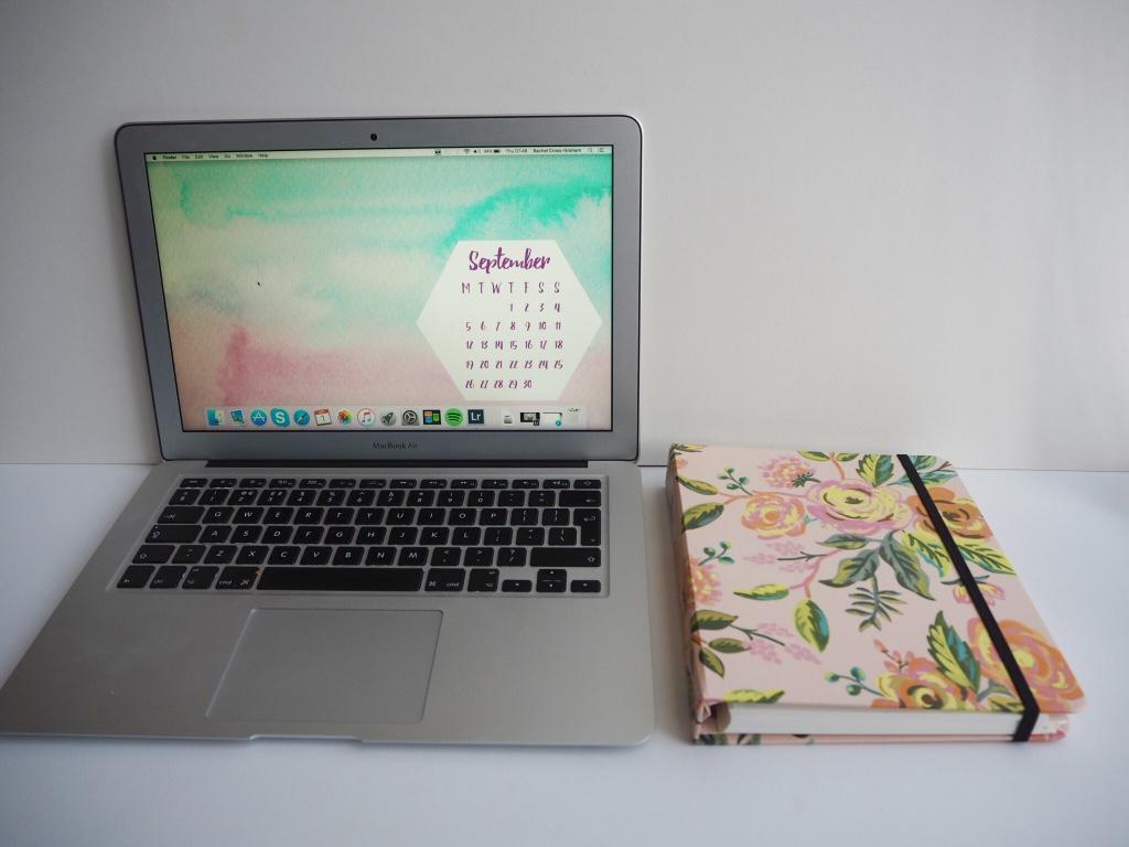 September Free Wallpaper Downloadables