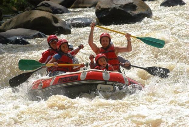 Paket Rafting / Arung jeram Citarik Sukabumi