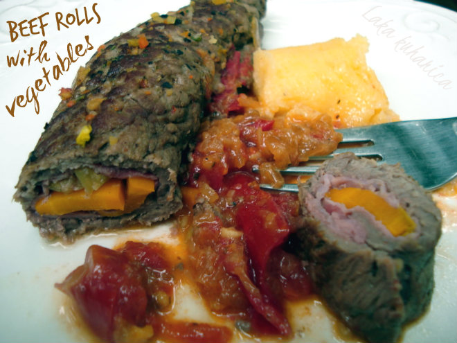 Beef rolls with vegetables by Laka kuharica: tender beef rolls are stuffed with aromatic and mouthwatering vegetables.