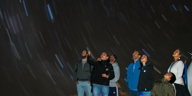 Turistas en Observatorio Collowara, Andacollo