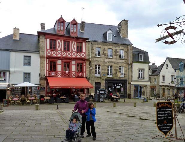 Barrio medieval de Sainte-Croix en Josselin.