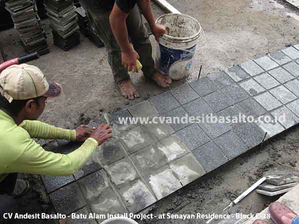 batu alam untuk lantai carport