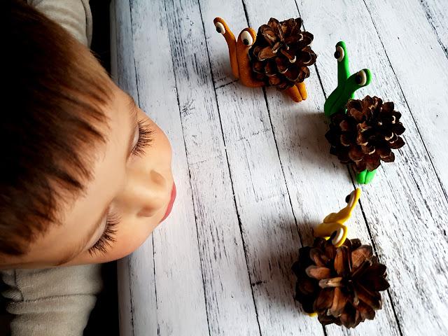 jesienne zabawy i prace plastyczne z dzieckiem