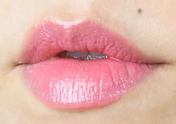 L'Oreal Shine Lipstick Polished Tango swatch