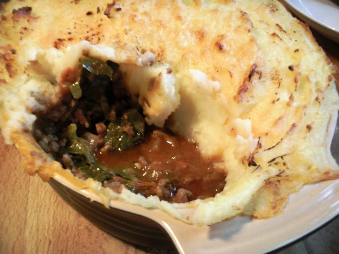 Minced Beef and Cabbage Pie