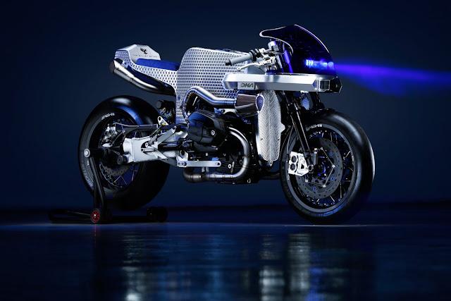 DNA's BMW DCR-018 'Billet Sting' - Image by Mattia Negrini