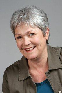 Lynn Cole
