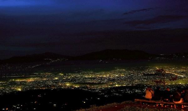 wisata Bukit Moko-Puncak Bintang