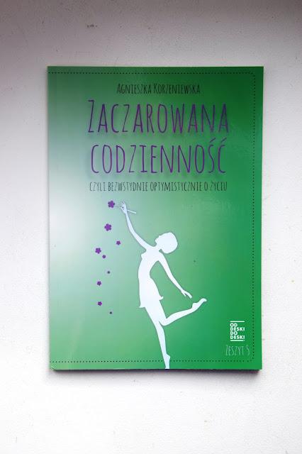 """Recenzje #66 - """"Zaczarowana codzienność"""" - okładka książki pt. """"Zaczarowana codzienność"""" - Francuski przy kawie"""