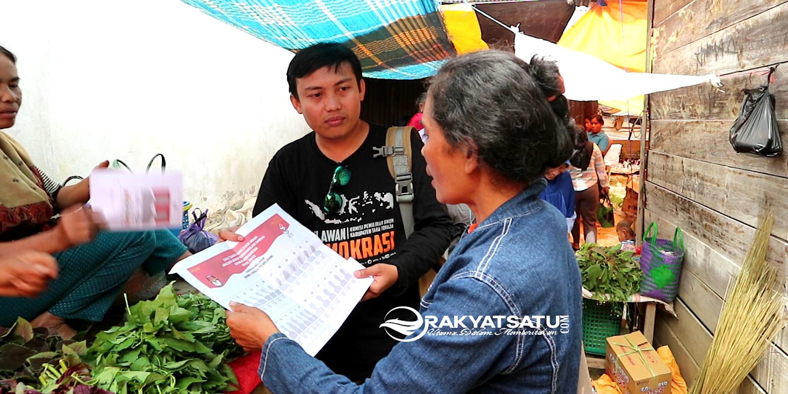 Sisir Pasar Bittuang, Relasi Tana Toraja Ajak Pemilih Lansia untuk Tidak Golput