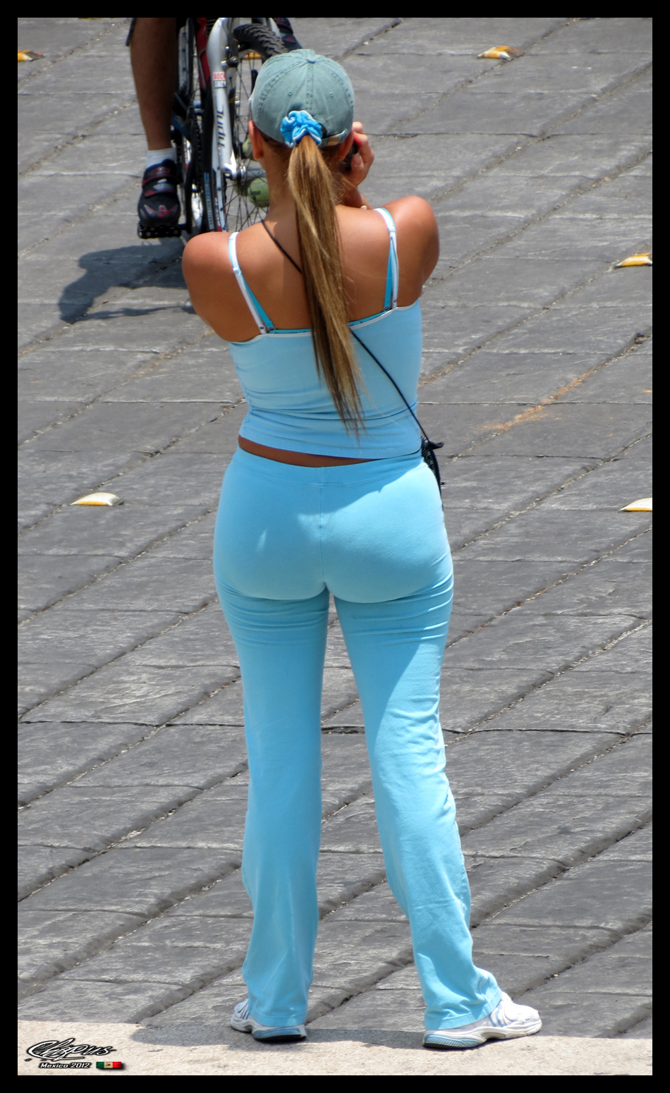 Beautiful Milf With Perfect Ass In Spandex-4388