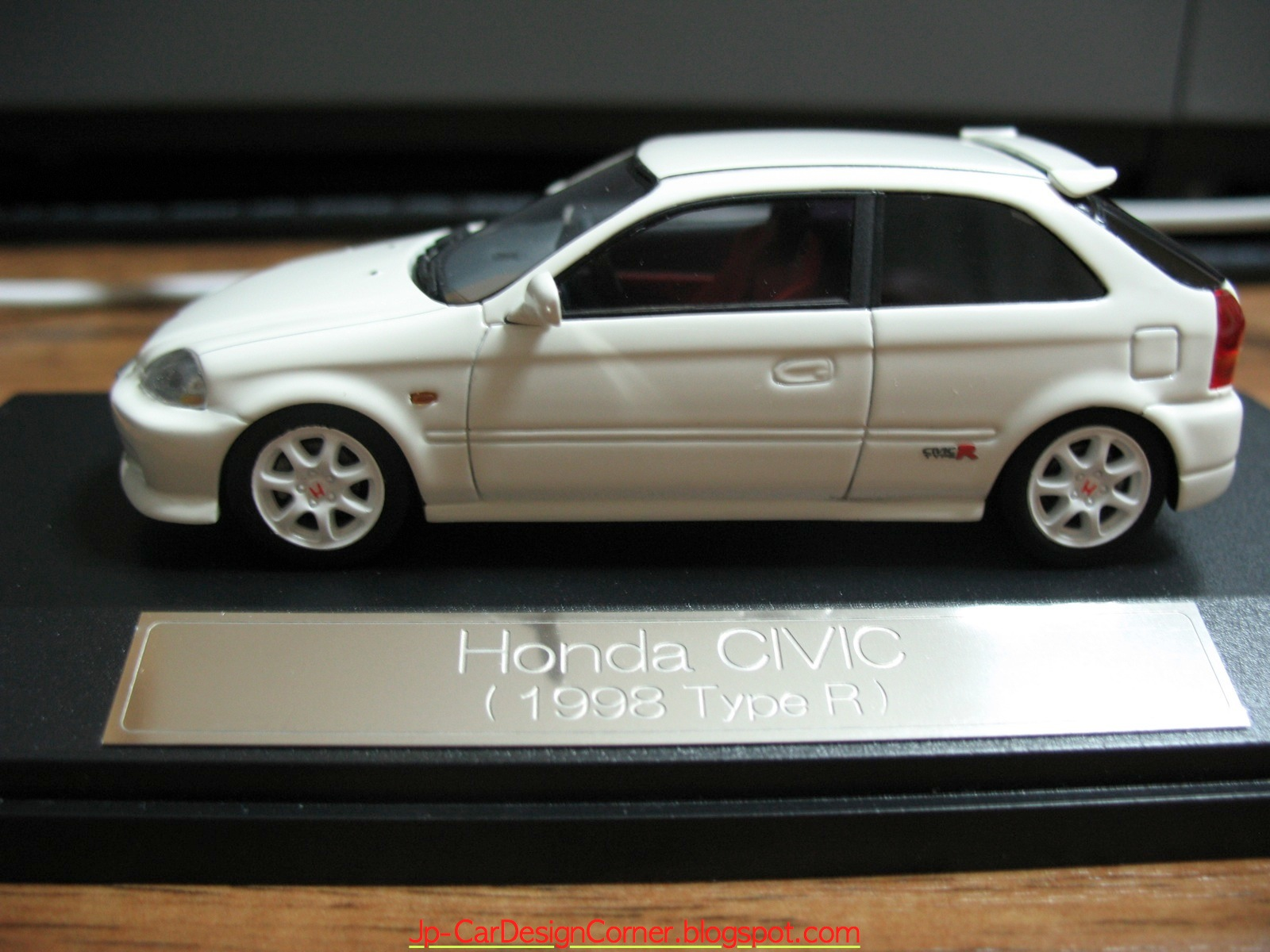 car news ok honda civic type r 1998 ek9 scale model. Black Bedroom Furniture Sets. Home Design Ideas