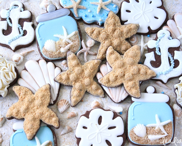Learn how to make decorated starfish sugar cookies!