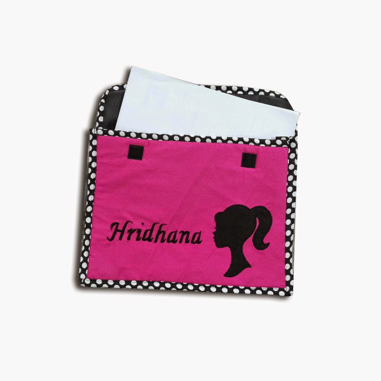 http://littlecharms.net/kids-bags-and-stationery/stationery/file-covers/folders-for-students.html