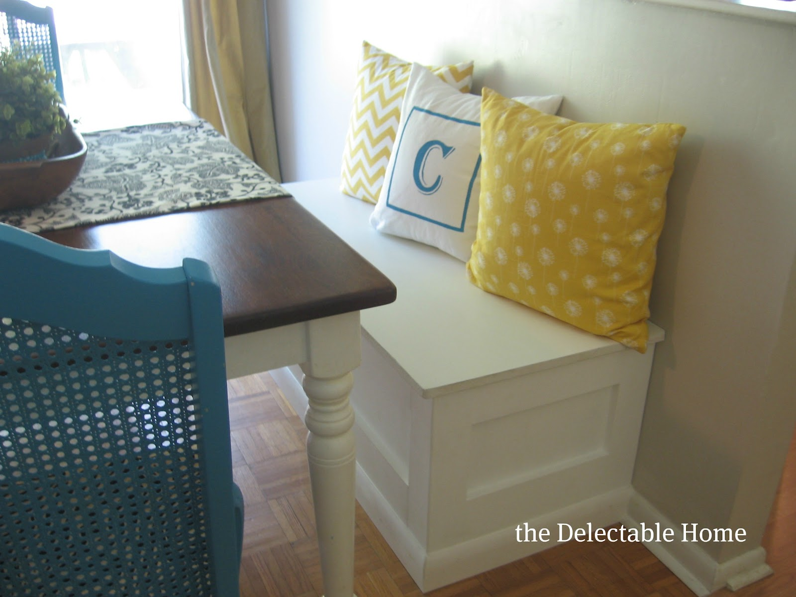 Peachy The Delectable Home I Built A Bench Caraccident5 Cool Chair Designs And Ideas Caraccident5Info
