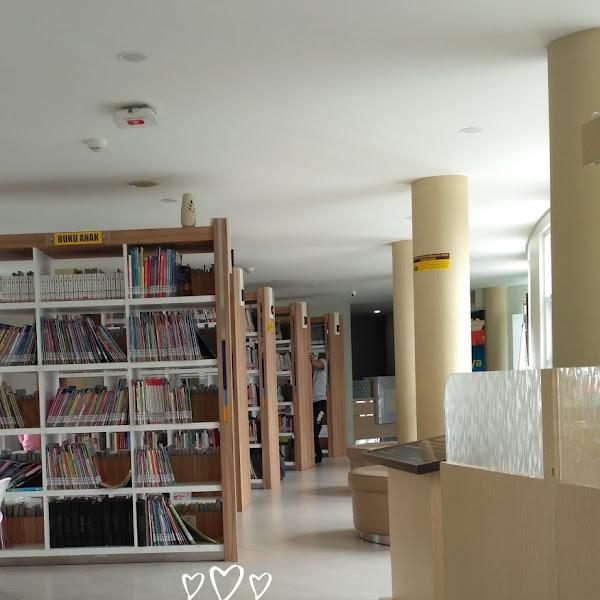 Ini 5 Kelebihan Kenapa Baca Buku di Perpustakaan Gasibu