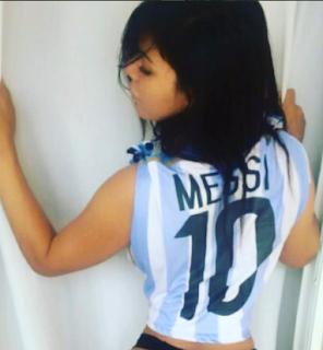 Cewe Sexy ini penggemar berat Messi