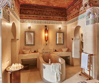 How to choose best raid hotel in Marrakech