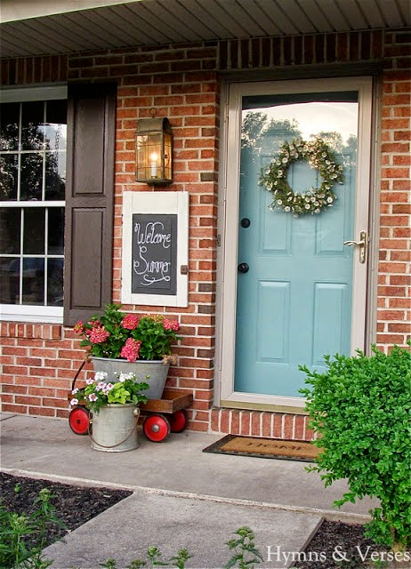 Parade of homes tour hymns and verses at the picket fence - House with blue door ...