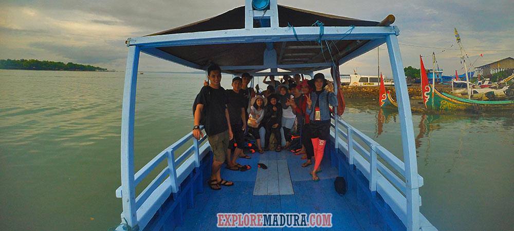 perahu jelajah wisata di gili labak