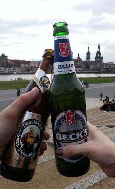 Posezení s pivem v Drážďanech