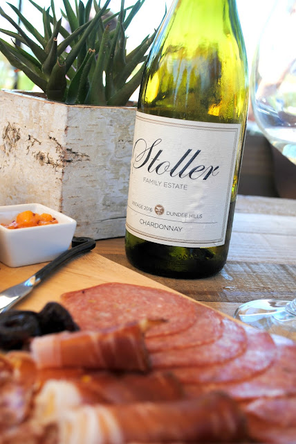 We love this bridal shower idea on Fizzy Party- Charcuterie and wine at a vineyard