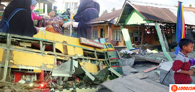 tsunami-in-indonesian-cities-after-earthquake
