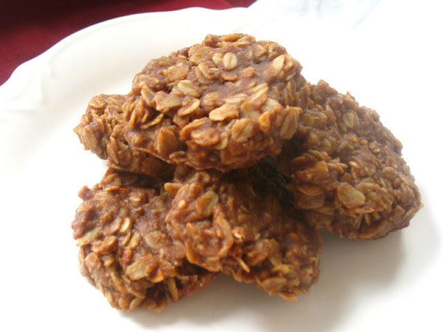 No-Bake Almond Butter Cookies
