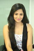 Anasuya latest sizzling photo shoot-thumbnail-2