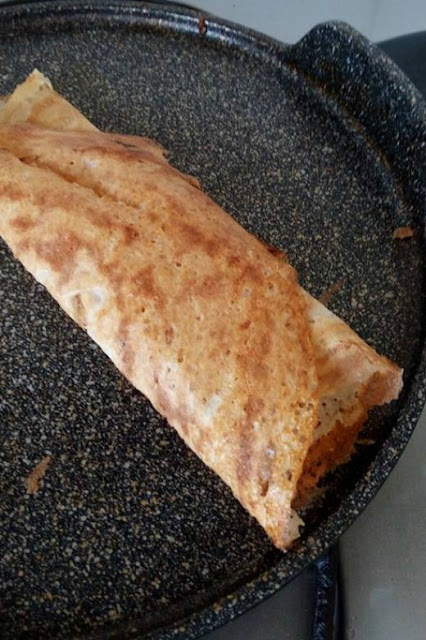 Oats dosa for a healthy nutritious breakfast